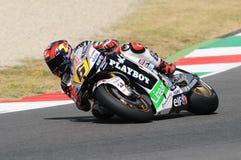 MUGELLO - 13. JULI: Stefan Bradle von Dauerbetrieb-Restbild Honda Team läuft an qualifizierender Sitzung von Moto GP Grandprix vo Lizenzfreies Stockbild
