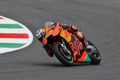 Mugello - l'ITALIA, IL 1° GIUGNO: Fabbrica spagnola di Red Bull Ktm che corre il ² di Team Rider Pol Espargarà al GP 2018 dell'It immagine stock