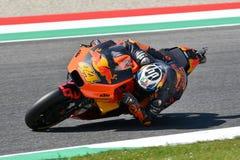 Mugello - l'ITALIA, IL 1° GIUGNO: Fabbrica spagnola di Red Bull Ktm che corre il ² di Team Rider Pol Espargarà al GP 2018 dell'It fotografie stock
