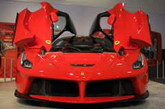 MUGELLO, l'IT, novembre 2013: La Ferrari di Ferrari al circuito di Mugello in Italia durante il Finali Mondiali Ferrari 2013 Fotografia Stock Libera da Diritti