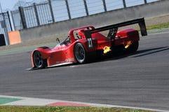 MUGELLO, l'IT, novembre 2015, sconosciuto funzionano con Ferrari 333SP Fotografie Stock Libere da Diritti