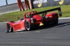 MUGELLO, l'IT, novembre 2015, sconosciuto funzionano con Ferrari 333SP Immagini Stock Libere da Diritti