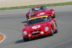 MUGELLO, IT, Listopad, 2007: Nieznane biega z starym 1962 Ferrari 250 GTO przy Mugello obwodem w Italy podczas Finali Mondiali Fe Obrazy Royalty Free
