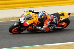 MUGELLO - 13 LUGLIO: Daniel Pedrosa del gruppo di Repsol Honda corre alla sessione di qualificazione del Gran Premio del GP di Mo Fotografia Stock