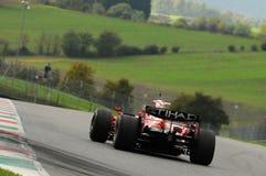 MUGELLO, IT, November, 2013: onbekende looppas met Ferrari F1 tijdens Finali Mondiali Ferrari 2013 in de mugellokring Royalty-vrije Stock Foto's