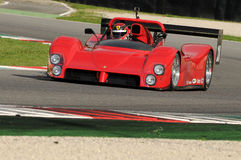 MUGELLO, IT, November 2013, onbekende looppas met ferrari 333SP in de Mugello-Kring tijdens Finali Mondiali Ferrari 2013 in Mugel Royalty-vrije Stock Foto