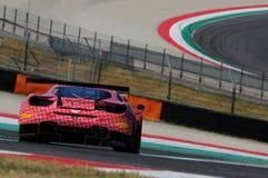 Mugello obwód Włochy, Lipiec, - 17, 2016: Ferrari 488 GT3 Łatwa rasy drużyna, jadących d Mancinelli i G Romanelli Fotografia Royalty Free