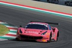 Mugello obwód Włochy, Lipiec, - 17, 2016: Ferrari 488 GT3 Łatwa rasy drużyna, jadących d Mancinelli i G Romanelli Obraz Royalty Free
