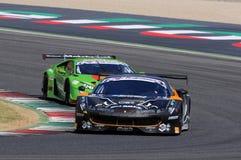 Mugello obwód Włochy, Lipiec, - 17, 2016: Ferrari 488 GT3 Super Drużynowego Czarnego byka Szwajcarski Ścigać się GT3, jadących Ga Obraz Stock