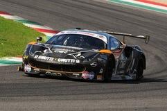Mugello obwód, Włochy - 6 Październik, 2017: Ferrari 488 GT3 Drużynowego Czarnego byka Szwajcarski Ścigać się, jadących S GAI i M Zdjęcia Stock