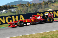 MUGELLO-STRÖMKRETS, ITALIEN - OKTOBER: Kimi Raikkonen av Scuderia Ferrari F1 royaltyfri fotografi