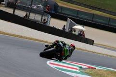 MUGELLO-STRÖMKRETS - JULI 13: Andrea Dovizioso av det monsterYamaha laget som springer på Qualify perioden av den MotoGP granda p royaltyfri bild
