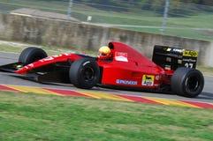 MUGELLO, a TI, em novembro de 2007: O desconhecido corre com Ferrari histórico 643 F1-91 1991 Alain Prost ex durante Finali Mondi Imagem de Stock Royalty Free