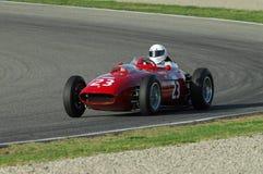 MUGELLO, a TI, em novembro de 2007: O desconhecido corre com os anos 50 históricos Ferrari F1 durante Finali Mondiali Ferrari 200 Fotografia de Stock Royalty Free