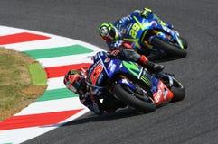 MUGELLO - WŁOCHY, CZERWIEC 3: Hiszpańszczyzny Yamaha jeźdza indywidualista Vinales podczas kwalifikować 2017 MotoGP OAKLEY GP Wło Obraz Stock