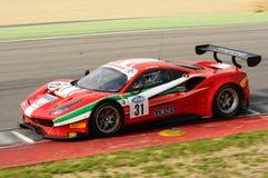 Mugellokring, Italië - 6 Oktober, 2017: Ferrari 488 van Scuderia AF CORSE door Ishikawa Motoaki wordt gedreven die Stock Afbeelding