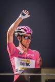 Muggià ², Włochy Maj 26, 2016; Steven Kruijswijk w różowym bydle, drużynowa loteryjka podium podpisy przed rozpoczęciem sceny, Obraz Stock