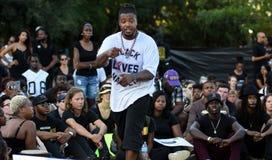 Muhiyidin D'Hba, Charleston, chapitre de matière des vies de noir de Sc Images stock