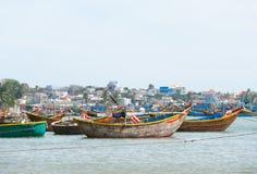 Vissersboten, Vietnam Stock Afbeeldingen