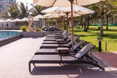 Mui Ne White Sandy Beach lyxig semesterort med pölen, Vietnam askfat Royaltyfri Fotografi