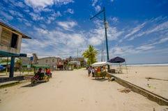 Muisne, Equador - 16 de março de 2016: Uma cidade costeira no sudoeste da província de Esmeraldas em Equador do noroeste Foto de Stock Royalty Free