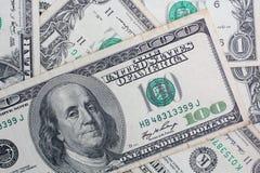Muitas cédulas dos dólares Fotos de Stock
