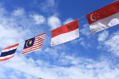 Muitas cores do ASEAN embandeiram alinhado belamente fotografia de stock royalty free