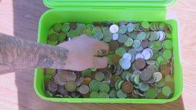 Muitas moedas de estados diferentes video estoque