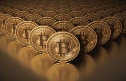 Muitas moedas virtuais Bitcoins do ouro Foto de Stock