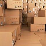 Muitas pilhas de caixas de cartão, Fotografia de Stock