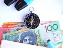 Muito dinheiro na tabela Foto de Stock