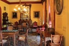 Muitos artigos da importância histórica na sala das estacas altas, casino de Canfield, Saratoga Springs, New York, 2016 Fotos de Stock Royalty Free