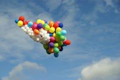 Muitos balões do voo no céu Fotografia de Stock Royalty Free