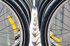 Muitos bicycle pneus Fotos de Stock Royalty Free