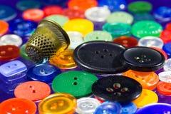 Muitos botões multi-coloridos Fotografia de Stock