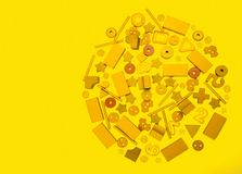 Muitos brinquedos amarelos imagem de stock royalty free