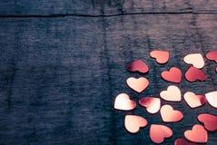 Muitos corações de brilho Fotos de Stock