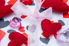 Muitos corações de cores e de formas diferentes Fotos de Stock Royalty Free