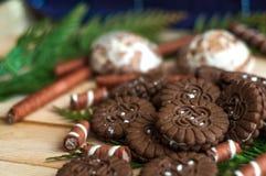 Muitos doces do chocolate imagem de stock