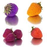 Muitos grupos diferentes de morangos no fundo branco, isolado com as morangos, muito diferentes em uma folha Imagens de Stock