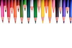 Muitos lápis coloridos isolados no fundo branco, lugar para o texto Imagens de Stock Royalty Free