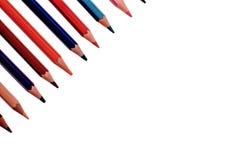 Muitos lápis coloridos isolados no fundo branco, lugar para o texto Fotos de Stock Royalty Free
