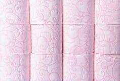 Muitos rolos de papel higiênico como o fundo foto de stock royalty free