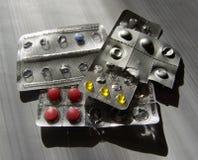 Muitos vários comprimidos Fotografia de Stock