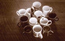 Muitos vários copos para o chá ou o café Imagem de Stock Royalty Free