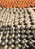 Muitos vasos da argila mantiveram-se para a secagem Imagem de Stock Royalty Free