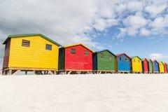 Muizenberg strandkojor royaltyfri fotografi