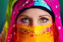 Mujer árabe Foto de archivo libre de regalías