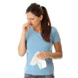 Mujer adolescente con alergia Imagen de archivo