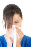 Mujer adolescente con alergia o frío Fotografía de archivo libre de regalías
